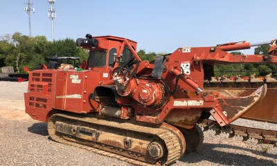 2006 Ditch Witch HT220 trencher
