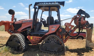 2017 Ditch Witch RT125 Quad plow