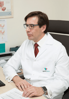 El Dr. Peinado está especializado en medicina sexual.