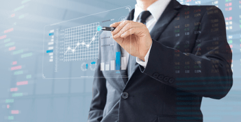 Un CRM es vital para la adquisición de nuevos clientes y la toma de decisiones.