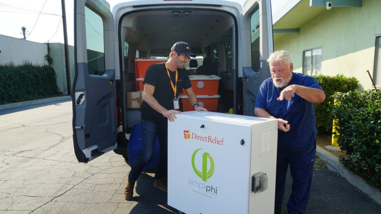Direct Relief's delivers a generator and battery to the Free Clinic of Simi Valley. The unit provided the clinic with emergency backup power during the Saddleridge Fire in Oct., 2019.