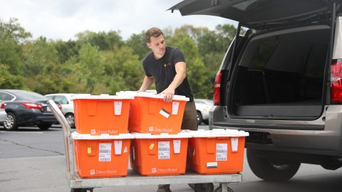 Direct Relief's Dan Hovey unloads emergency medicines in Charlotte, North Carolina on Friday, Sept. 14, for delivery to local health centers and clinics doing patient outreach. (Photo by Mark Semegen for Direct Relief)
