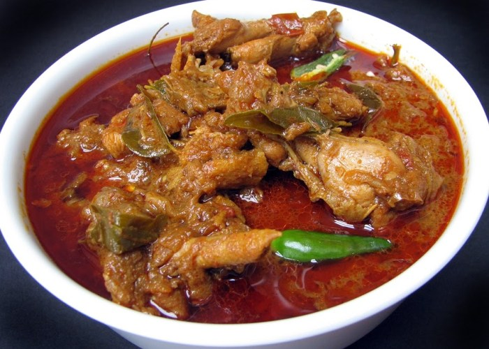 Chicken Curry Sri Lankan Style