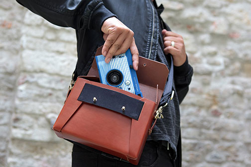 Lomo-Instant-Camera-Bag-thumb