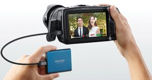 Blackmagic-4K-Pocket-Cinema-lifestyle-2