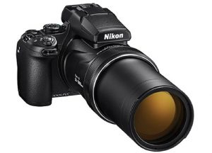 Nikon-Coolpix-P1000-zoom-out-banner