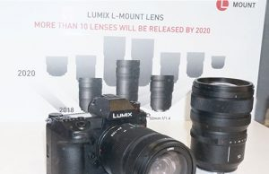 Panasonic-Lumix-S1R-and-lens-under-glass-
