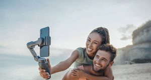 DJI-Osmo-Mobile-3-lifestyle