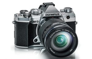 Olympus-OM-D-E-M5-Mark-III-silver-right