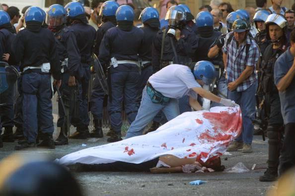 Carlo Giuliani vietata la piazza al sindacato di polizia