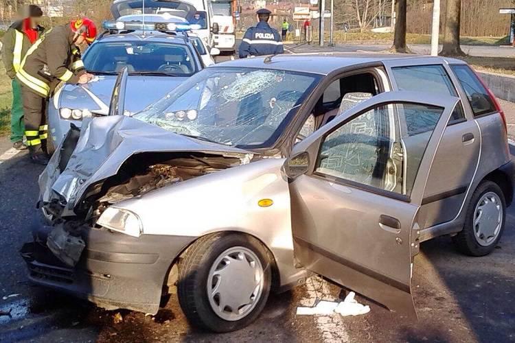 Manerbio, incidente fra auto e trattore: muore un ragazzo di 18 anni