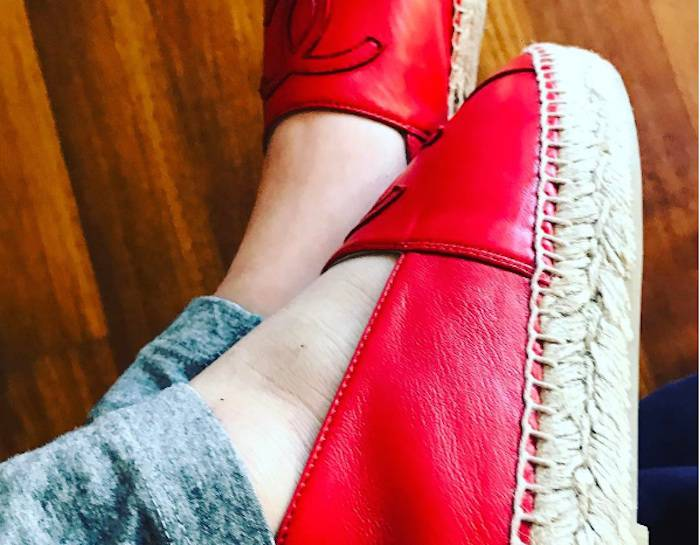 Sonia Bruganelli e le scarpe Chanel alla figlia: il web si indigna