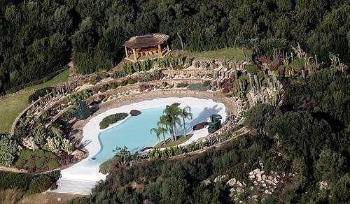 VILLA DI BERLUSCONI  Costa Smeralda una seconda residenza estiva per il premier vicino a Villa