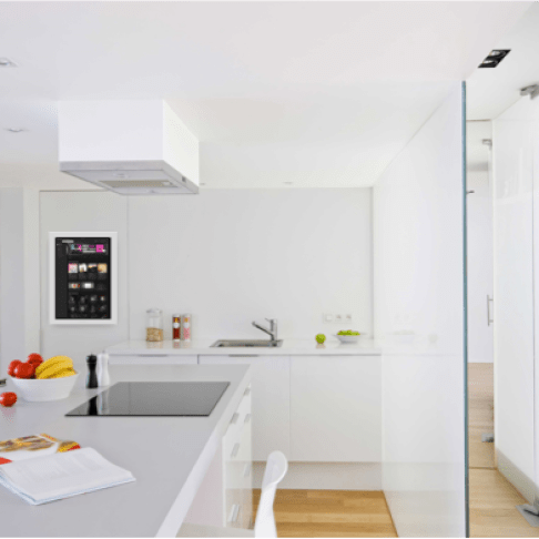 DIRROR L smart home hub küche
