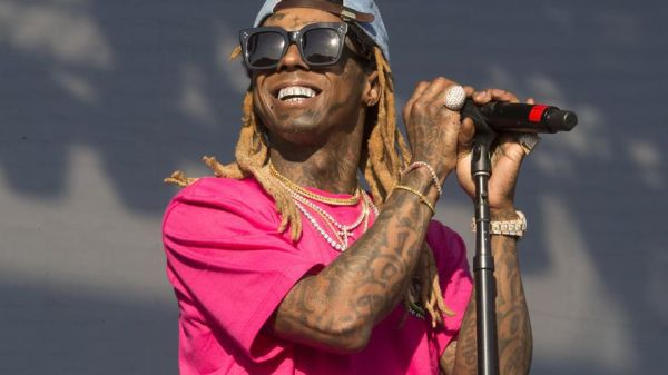"Lil Wayne To Release Original Version Of ""Carter 5"" Friday"