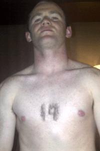 Wayne-Rooney-19-chest-hair