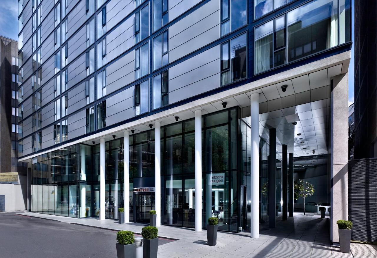 Accessible Disabled Hotel In London England at the