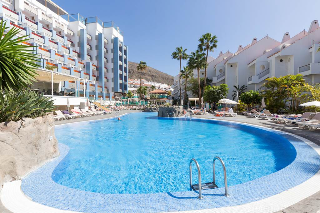 Disabled Access Holidays  Wheelchair accessible accommodation in the Paradise Park Resort and