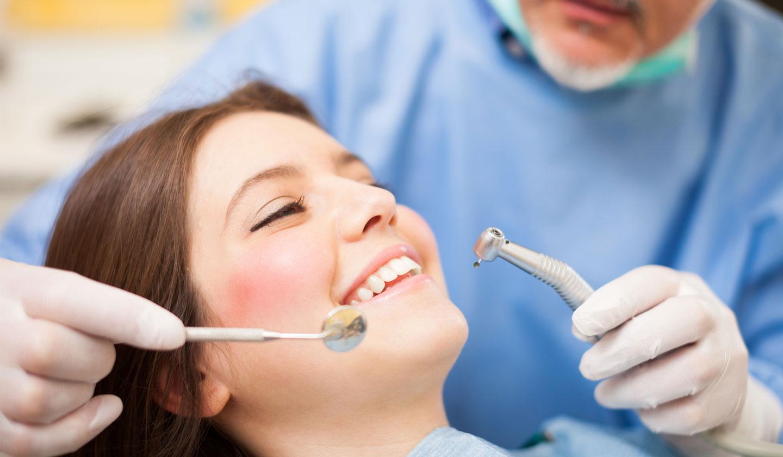 Assistente alla poltrona sea soluzioni dentali