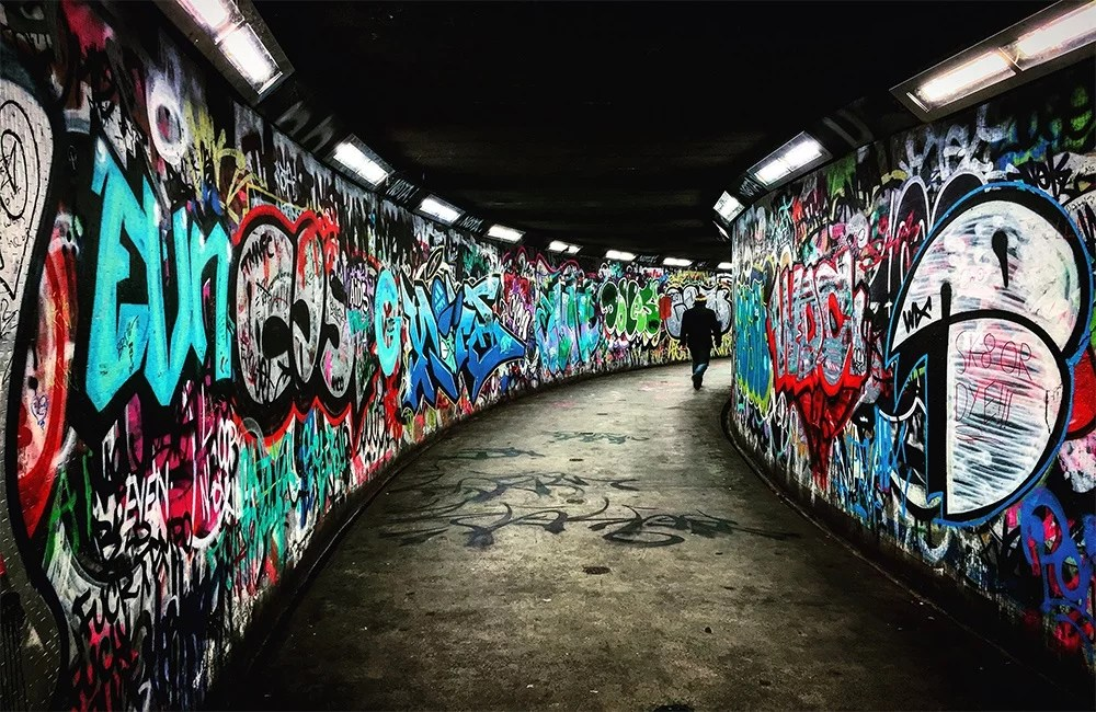 differenza-tra-graffiti-e-street-art---underground