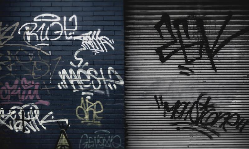 Copertina-Tag-Graffiti-Cosa-e-una-tag