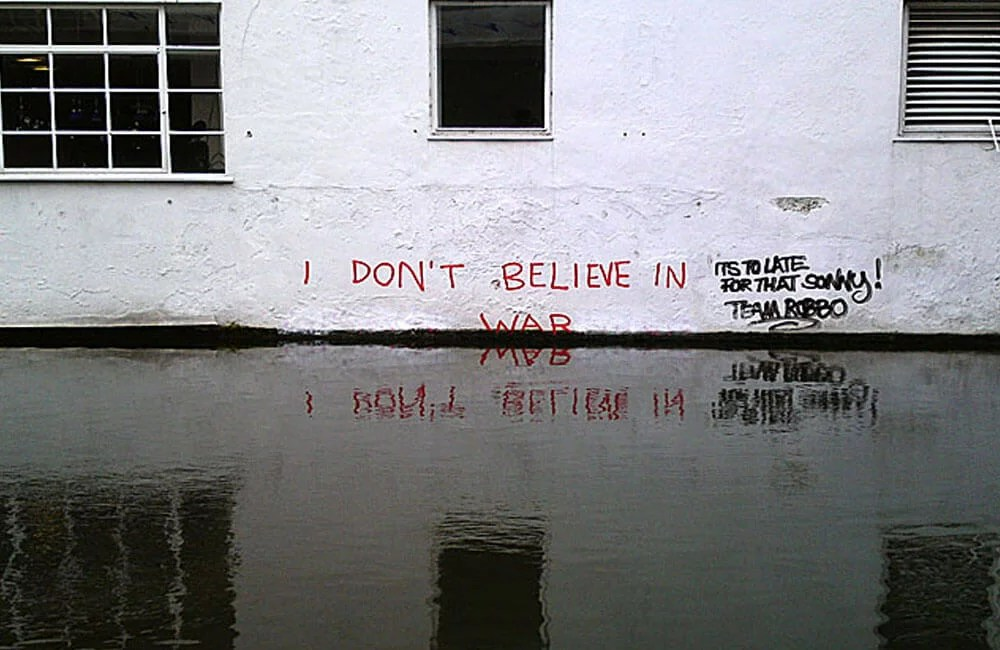 Robbo-vs-Banksy-02-Global-Warming