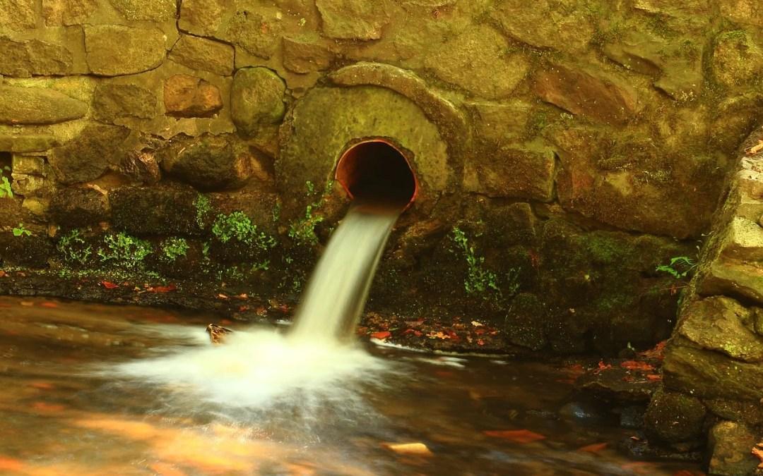 scarico delle acque piovane canale di scarico