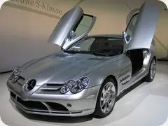 Mercedes-Benz-SLR-McLaren-2-cropped