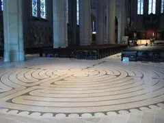 labyrinth in grace cathedral san francisco
