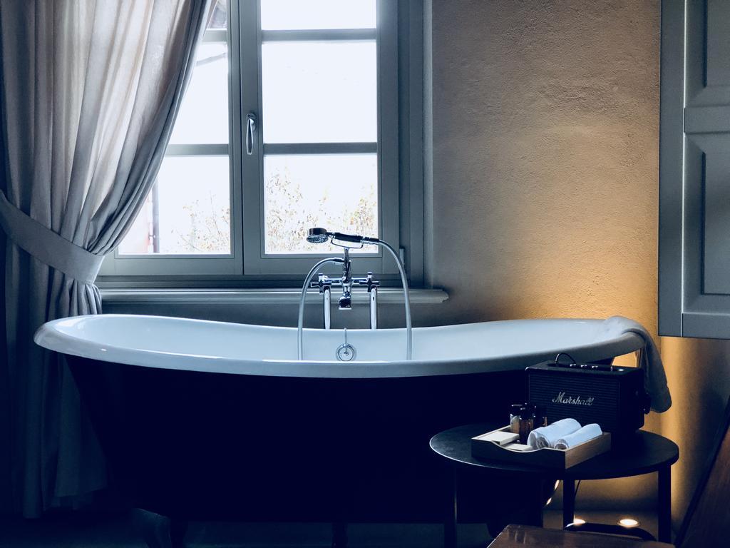 MiaClara Relais langhe bathtub