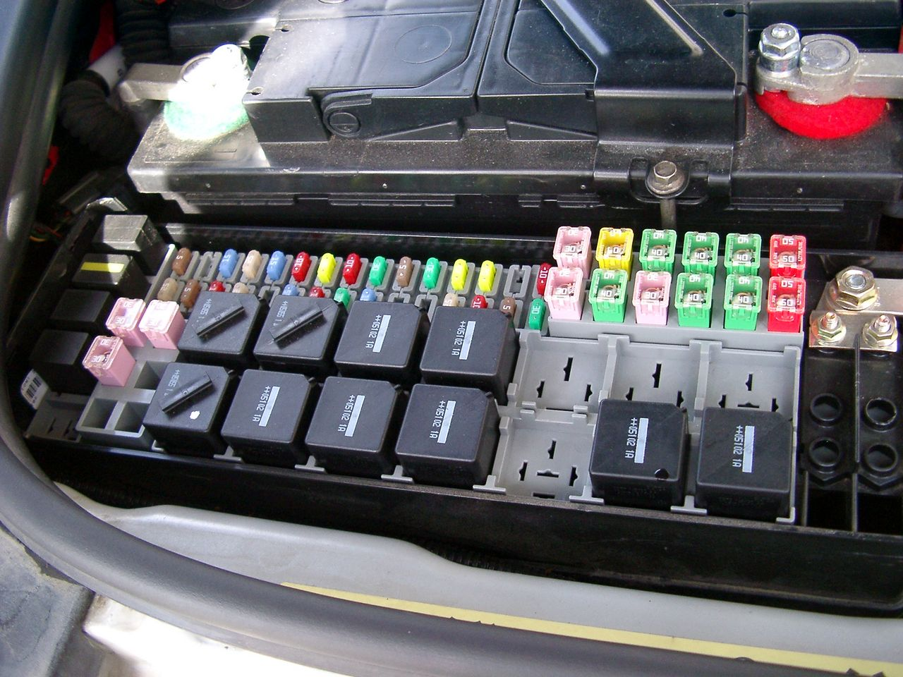 hight resolution of land rover td5 fuse box wiring diagram online land rover discovery 2 fuse box land rover