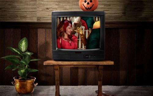 I costumi classici di Scarlet Witch e Visione nel poster di WandaVision