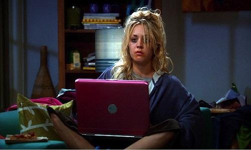 binge watching by Penny di Bing Bang Theory