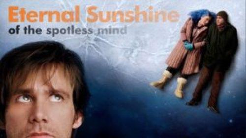 Joel e Clementine innamorati e sdraiati su una lastra di ghiaccio sottile. Per un grande film d'amore per San Valentino!