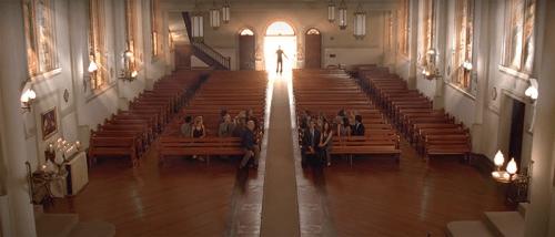 finale Lost - l'entrata in chiesa di Jack