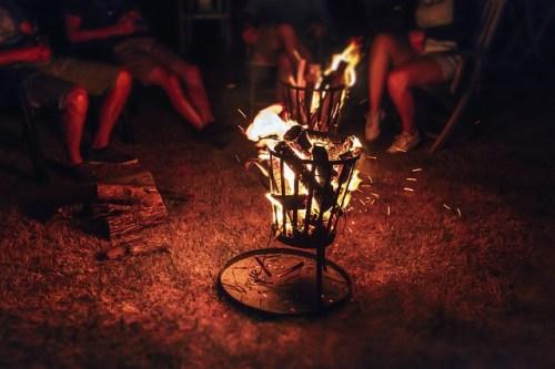 L'importanza del fuoco ha spinto le persone a stare insieme