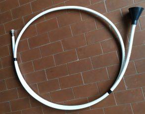 Come secondo strumento homemade, Nando ha creato una tromba.
