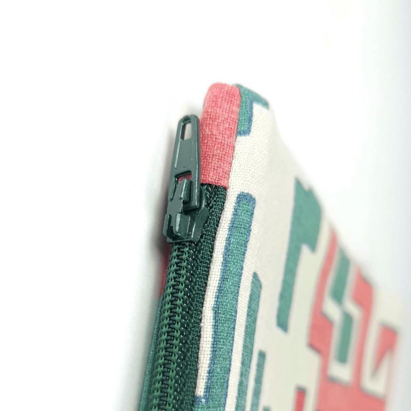 zoom pochette zipée