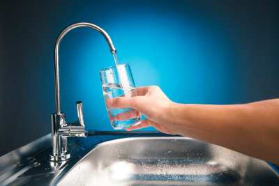 how to remove chloramine from water
