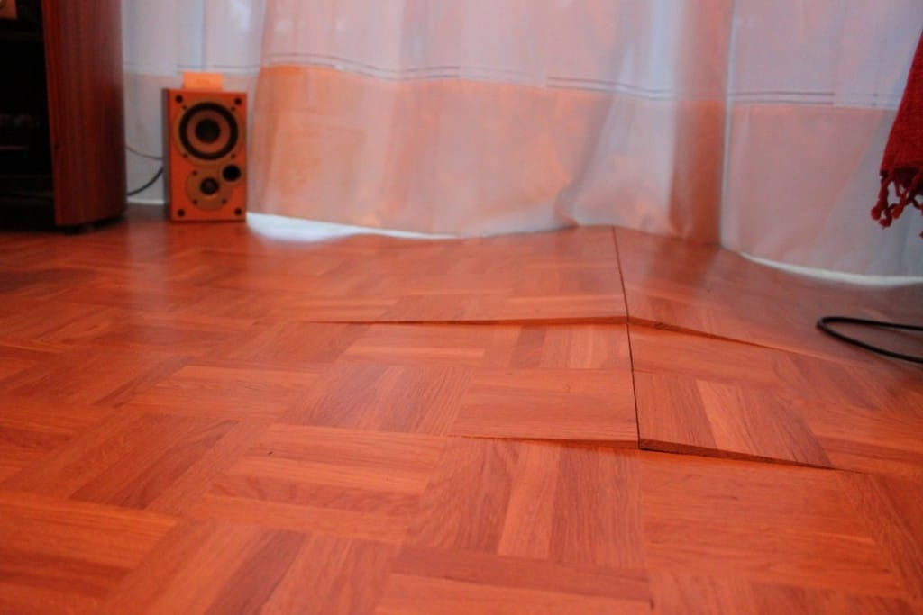 Why is my Laminate Floor Lifting Top TipsDiscount