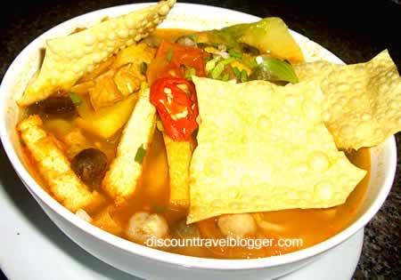 Vietnamese_Vegetarian_Noodle_Soup