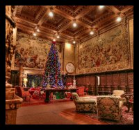 A Hearst Castle Christmas - A grand backdrop for ...