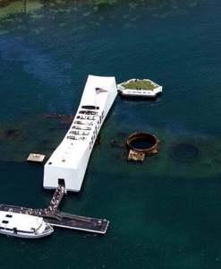 DiscoverHawaiiTours_PearlHarbor_USS_Arizona_Aerial