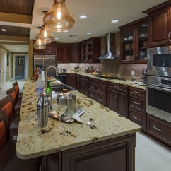 Kitchen Island Discount Copper Faucet Holiday Inn Club Vacations - Signature Collection