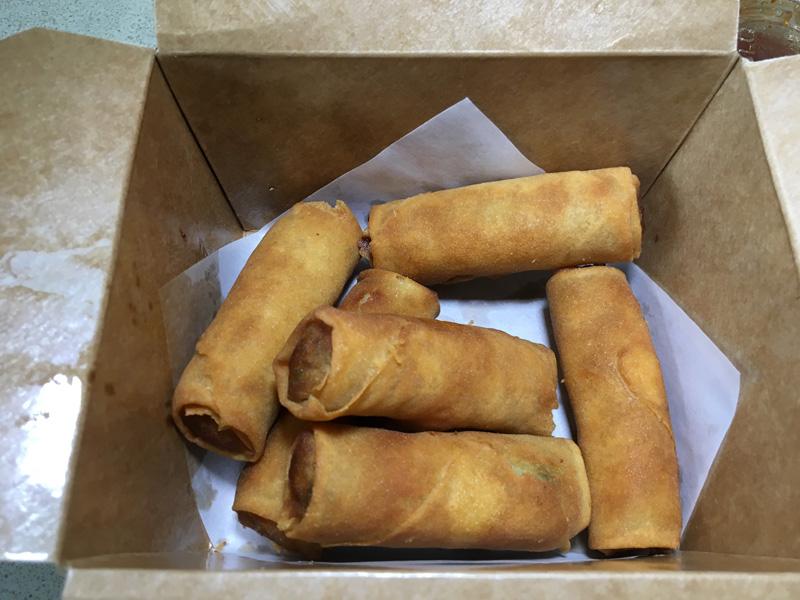 Vegetarian egg rolls - Taishi