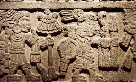 Procession-of-warriors aztec