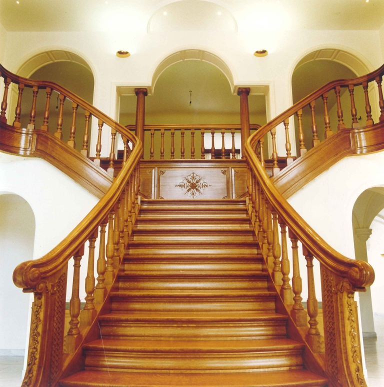Damiaens wooden staircase