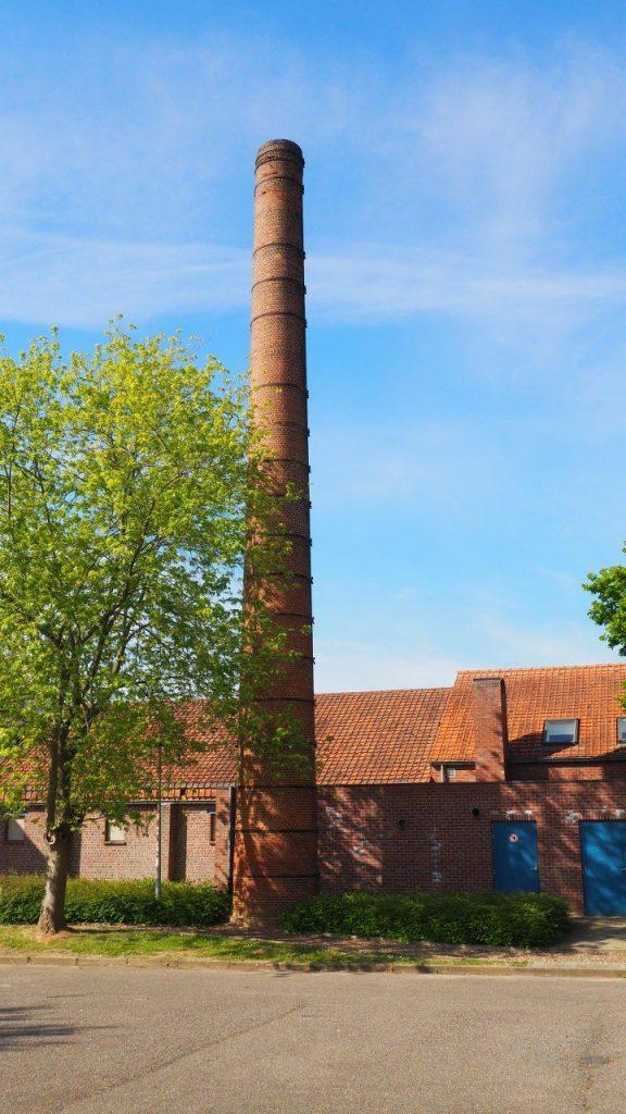 L'usine de tuiles de toiture Panoven à Loksbergen