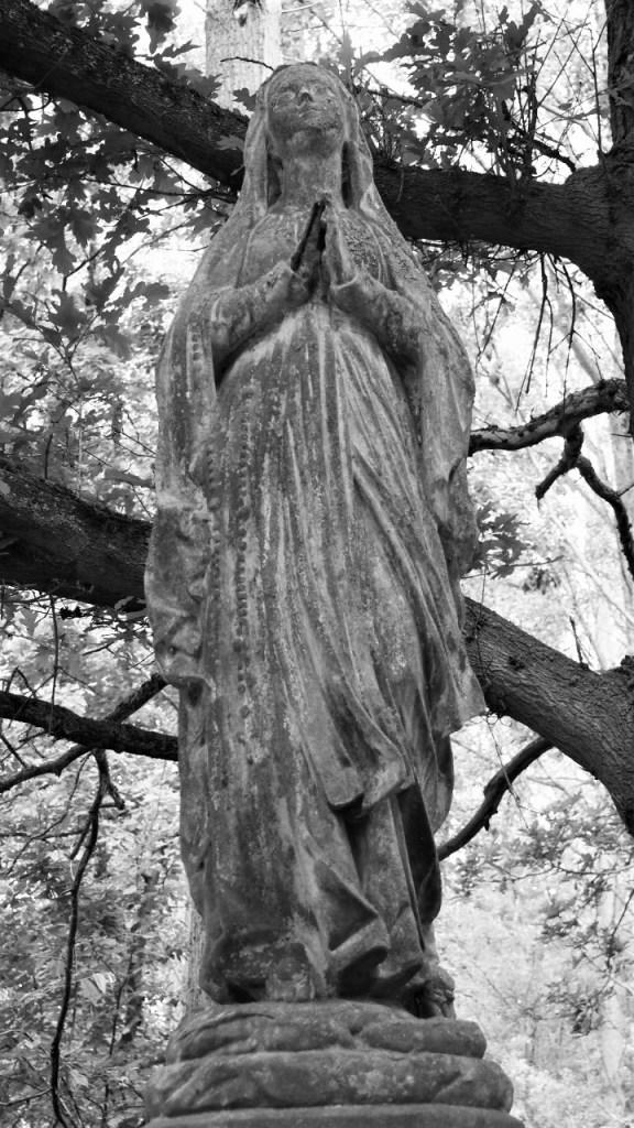 La dame noire des Silsombos