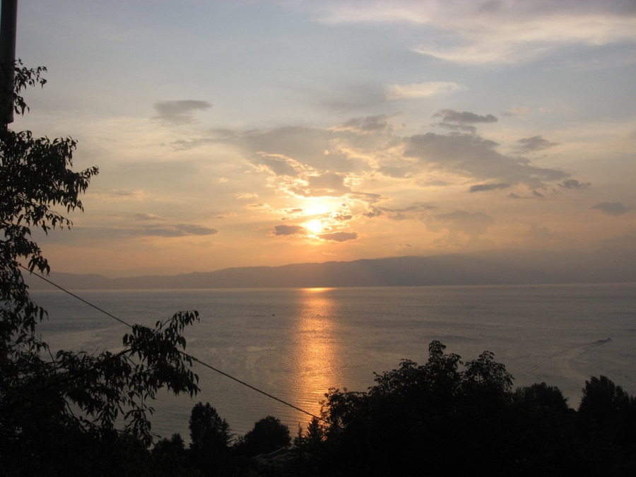 robinson sunset house ohrid